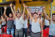 Photo of पंचायत एवं ग्रामीण विकास संयुक्त मोर्चा ने किया अर्धनग्न प्रदर्शन