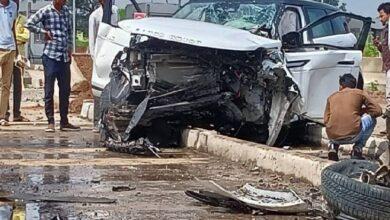 Photo of 100 की रफ्तार से टोल डिवाइडर से टकराई कार: